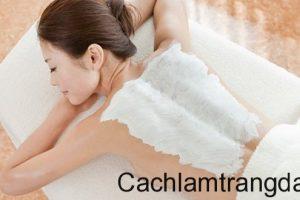 Sử dụng bột yến mạch mật ong và chanh tươi để tắm trắng tại nhà