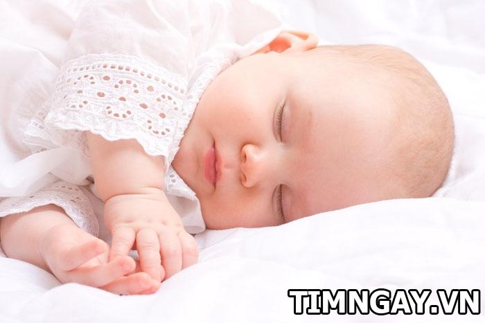 Bí quyết giúp trẻ sơ sinh tăng cân hiệu quả các mẹ nên áp dụng 2