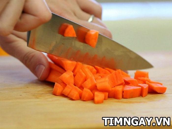 Bí quyết nấu cháo tim heo cho bé vừa đơn giản lại thơm ngon, bổ dưỡng 1