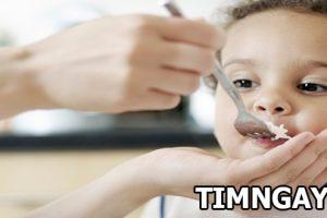 Biện pháp khắc phục tình trạng bé ăn hay ngậm dành cho mẹ
