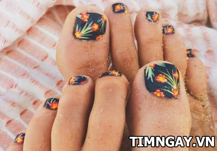 Các mẫu móng chân đẹp mê ly theo phong cách của riêng bạn 17