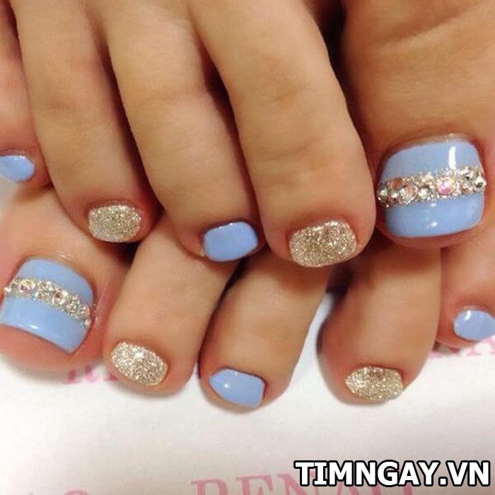 Các mẫu móng chân đẹp mê ly theo phong cách của riêng bạn 2