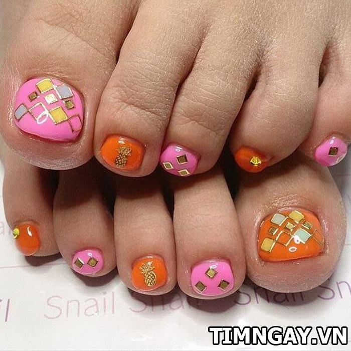 Các mẫu móng chân đẹp mê ly theo phong cách của riêng bạn 3