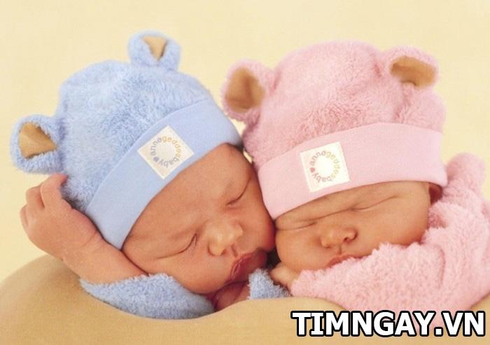 Dự đoán thai nhi nằm bên phải là trai hay gái mà không phải siêu âm 1