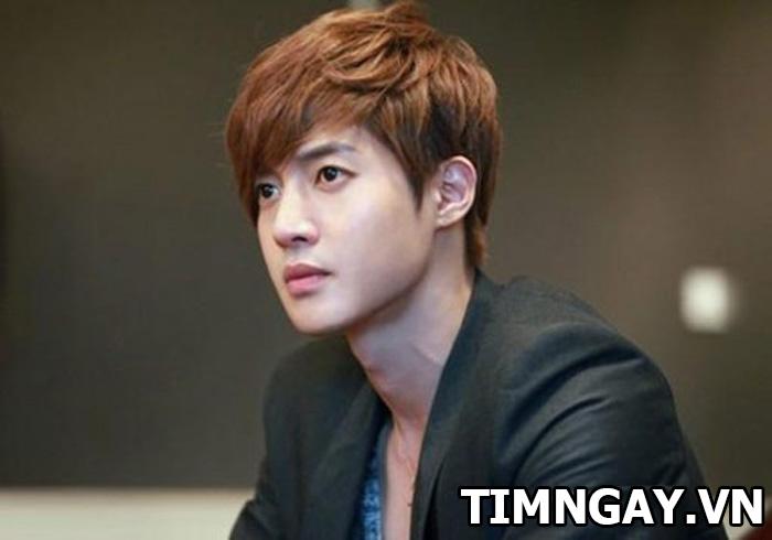 Giới thiệu các kiểu tóc nam cho mặt vuông mang phong cách Hàn Quốc cực hot 8
