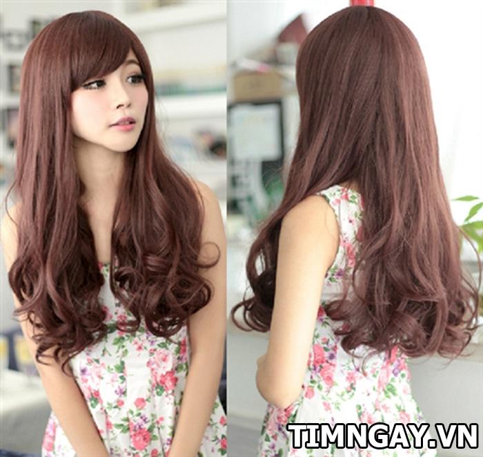 Khám phá các kiểu tóc xoăn dài được chuộng nhất năm nay 7