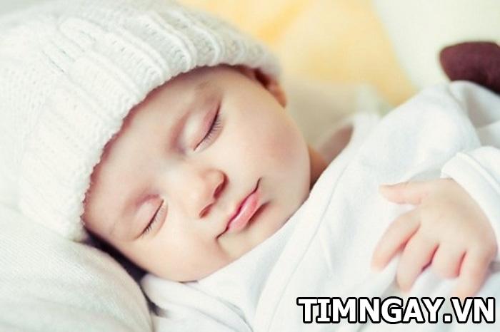 Phương pháp an toàn giúp trẻ sơ sinh tăng cân đều 1