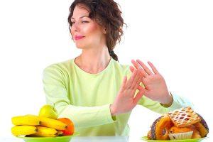 Sau khi sinh không nên ăn gì? Chia sẻ của chuyên gia dinh dưỡng và kinh nghiệm của người xưa