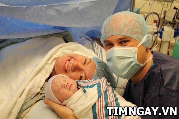 Sự khác nhau của trẻ đẻ mổ & đẻ thường và cách chăm sóc mẹ sau khi sinh. 2
