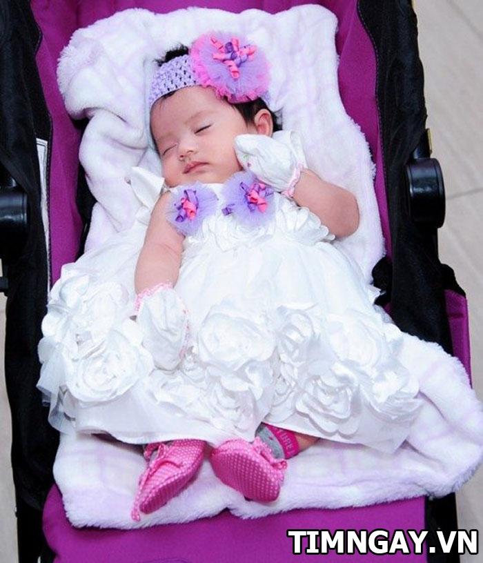 Tại sao lại có lễ cúng đầy tháng cho bé và cách chuẩn bị lễ vật cúng đúng nhất 2