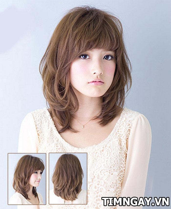 Tổng hợp các kiểu tóc xoăn ngang vai thịnh hành cho phái đẹp 12