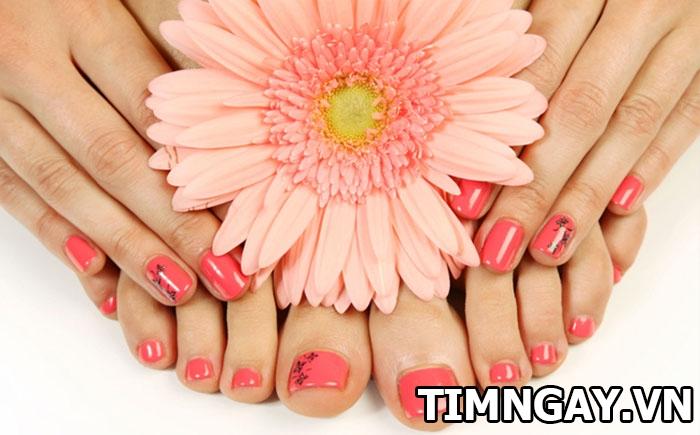Các mẫu móng chân đẹp dành cho cô nàng sành điệu 1