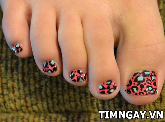 Các mẫu móng chân đẹp dành cho cô nàng sành điệu 2
