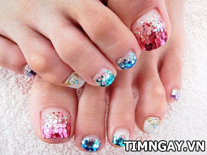 Các mẫu móng chân đẹp dành cho cô nàng sành điệu 4