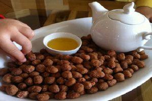 Cách làm đậu phộng da cá ngon mê ly ai ăn cũng khoái 7