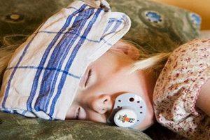 Cách phòng ngừa sốt virut ở trẻ em và một số triệu chứng nhận biết