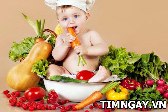 Chăm sóc bé 4 tháng tuổi như thế nào? Chế độ dinh dưỡng tốt nhất 2