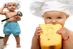 Cho trẻ ăn phô mai đúng cách để khỏe mạnh và tăng cân