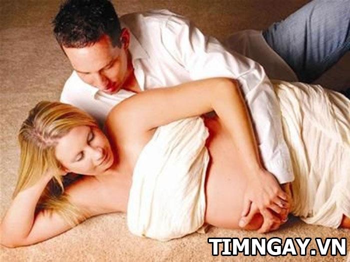 Có nhất thiết phải kiêng quan hệ khi mang bầu không? 1