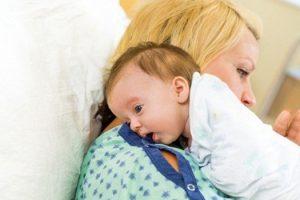 Mẹ đã biết cách dỗ trẻ sơ sinh ngủ nhanh nhất và ngủ ngon nhất không?
