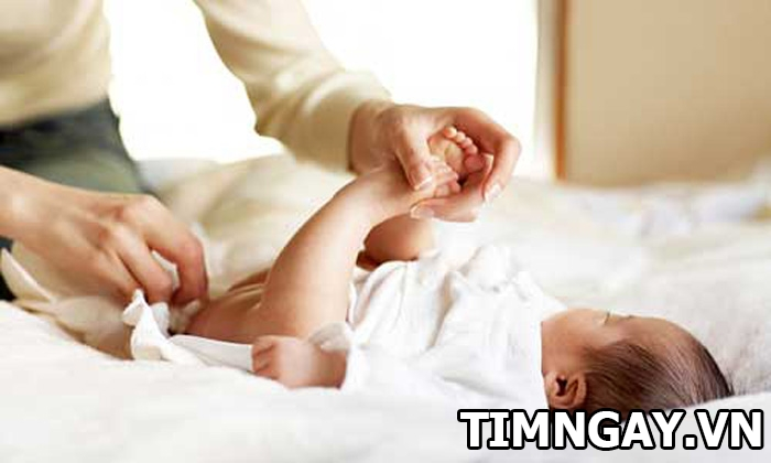 Mẹo chữa giật mình cho trẻ sơ sinh giúp trẻ ngủ ngon mau lớn 2