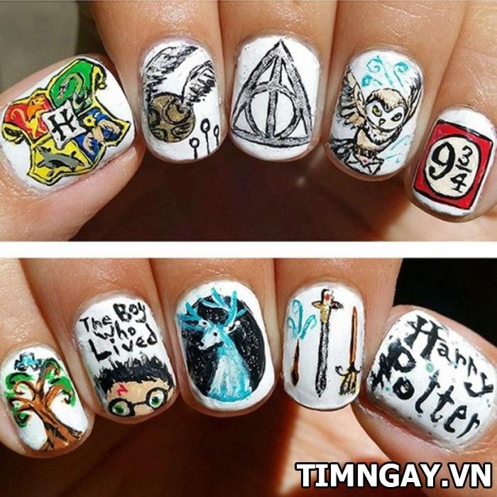 Những mẫu nail đẹp và độc nhất định bạn phải thử 4