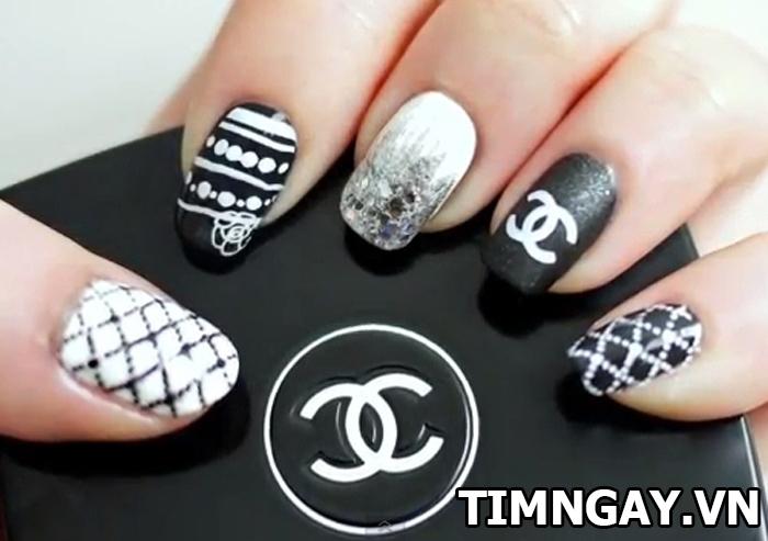 Những mẫu nail đẹp và độc nhất định bạn phải thử 6