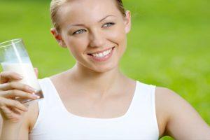 Sữa đậu nành có tác dụng gì với phụ nữ và những lưu ý khi sử dụng