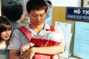 Thủ tục đăng ký làm giấy khai sinh cho con khi bố mẹ chưa kết hôn