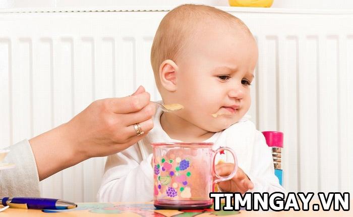Trẻ sơ sinh tăng cân thế nào là hợp lý - bảng cân nặng cho mẹ tham khảo 2