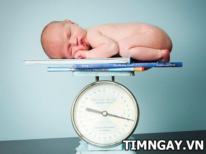 Trẻ sơ sinh tăng cân thế nào là hợp lý theotừng giai đoạn phát triển 1