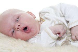 Triệu chứng ho gà trẻ sơ sinh và cách điều trị bằng củ tỏi