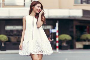 Bạn gái thoải mái đẹp trong mùa hè với những mẫu váy suông hot nhất