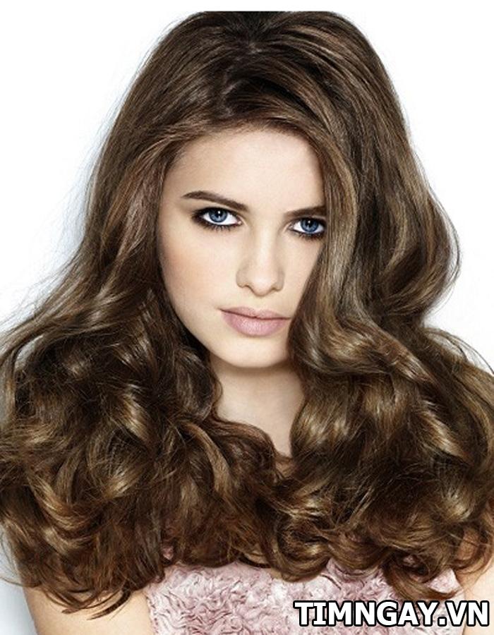 Các kiểu tóc uốn cho mặt tròn, ít nhất bạn nên thử 1 lần trong đời 2