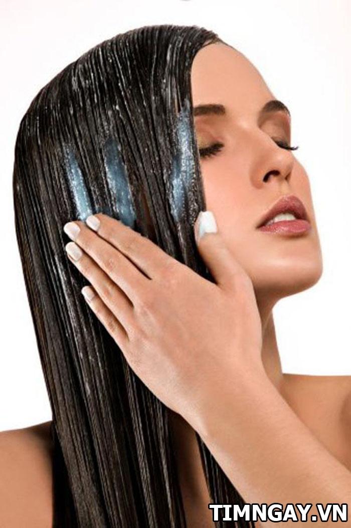 Cách chăm sóc chuẩn như salon cho tóc xoăn lọn to mềm mượt, sóng lọn 3