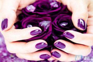 Cách chọn màu sơn móng tay đẹp hoàn hảo cho bạn gái