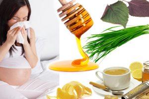Chuyên gia giải đáp thắc mắc: bà bầu uống mật ong có tốt không?