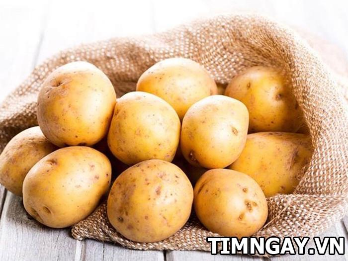 Da trắng hồng nhờ công thức mặt nạ khoai tây trị thâm siêu đơn giản1