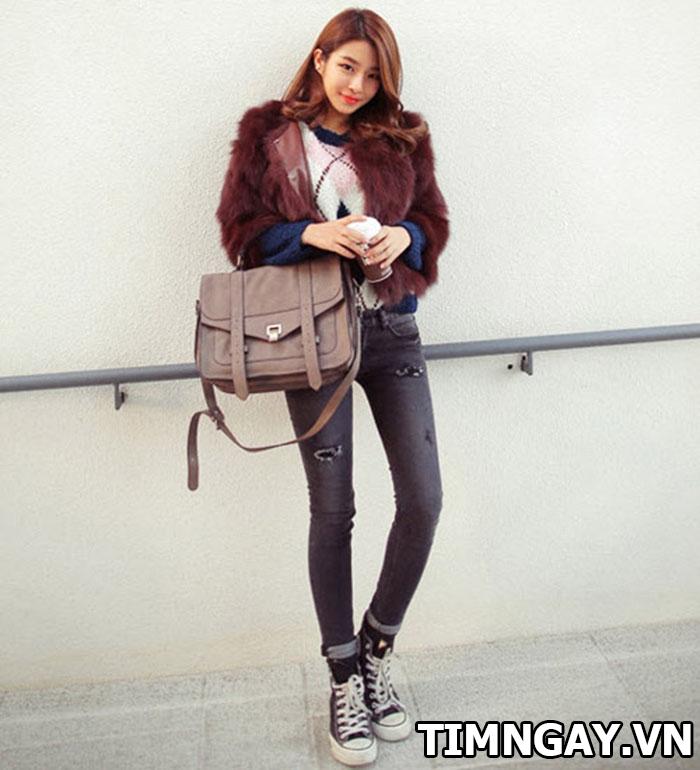 Thời trang mùa đông sành điệu với áo khoác lông, phối đồ hot nhất 2