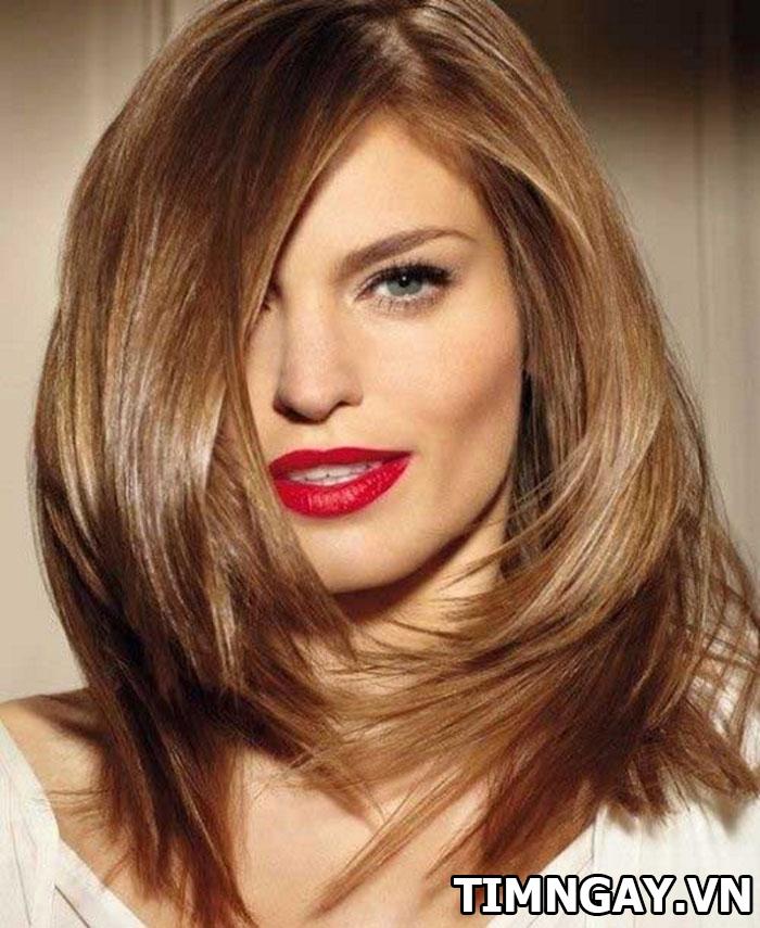 Tìm hiểu xu hướng tóc ngang vai đẹp cho mặt tròn 6