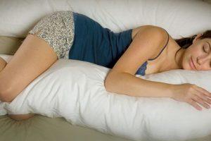 Tư thế ngủ của bà bầu ảnh hưởng đến thai nhi như thế nào?