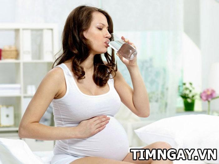 Bị cảm khi mang thai và các biện pháp điều trị an toàn 2