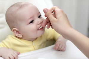 Trẻ 6 tháng có ăn được sữa chua không? Ngỡ ngàng với sự thật này