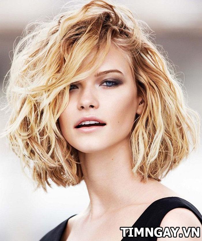 Mách bạn cách làm tóc xoăn tại nhà đẹp như ngoài tiệm 2