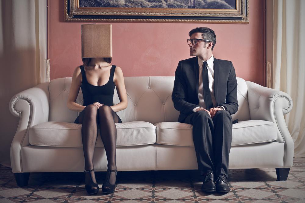3 cách để vượt qua nỗi ám ảnh định kiến xã hội cho người thiếu tự tin